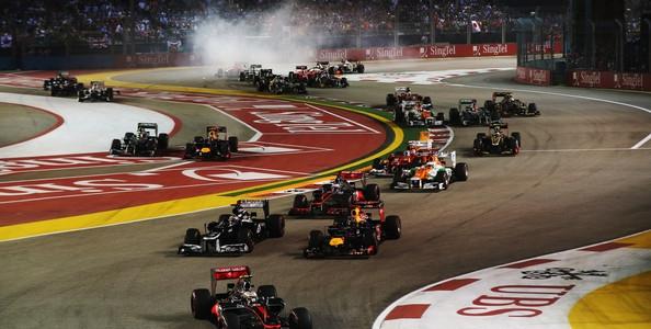 F1: Sebastian Vettel Takes Night Race Win After Hamiltons Reliability Issues (PHOTOS)