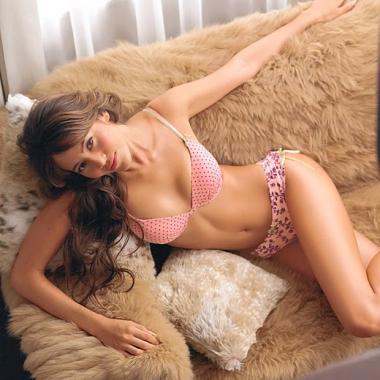 Jessica Michibata (2008 - Present) Jenson Button Girlfriend