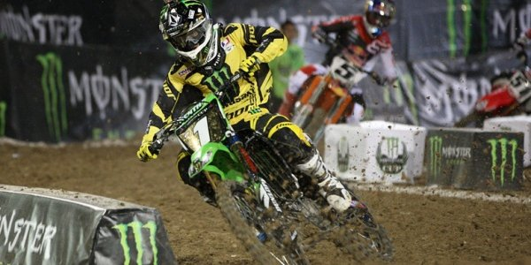SUPERCROSS: Ryan Villopoto Monster Energy Cup Win 2012 (VIDEO)