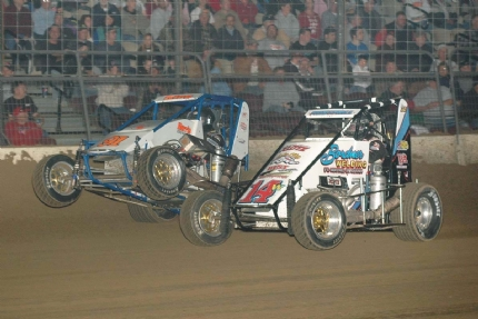 DIRT MIDGET: Tony Stewart Wins POWRi Midget Battle At The Center