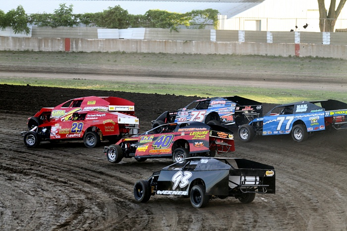 2012 Davenport Speedway (Photo Dirt Racer Magazine)