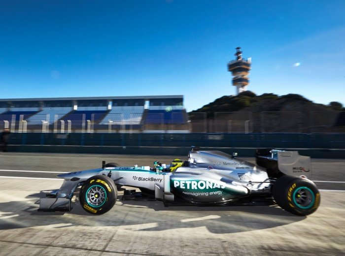 2013 Mercedes AMG Petronas F1W04 Launch (Formula One)