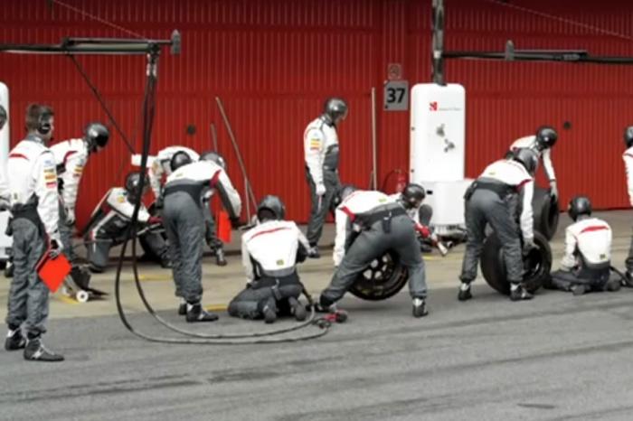 2013 Sauber F1 Team Harlem Shake (Formula One)