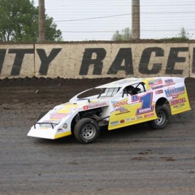 Sonic Drive In - Lance Dehm Racing (Farmer City Raceway)