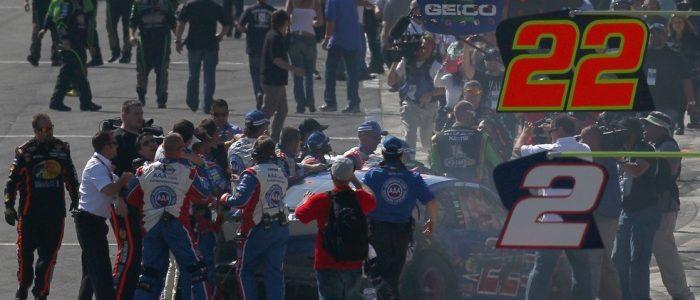 NASCAR CUP: Tony Stewart Vs Joey Logano Fight (VIDEO)