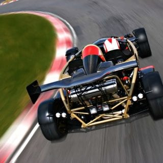 Ariel Atom v8 500 On Track ( Auto Industry )
