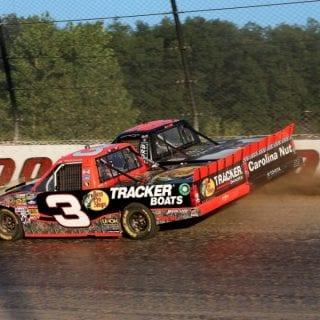 Ty Dillon Battles At Eldora Speedway -NASCAR Truck Series ( Eldora Speedway Results )