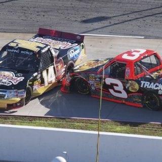 Kevin Harvick vs Ty Dillon ( NASCAR Truck Series ) Videos
