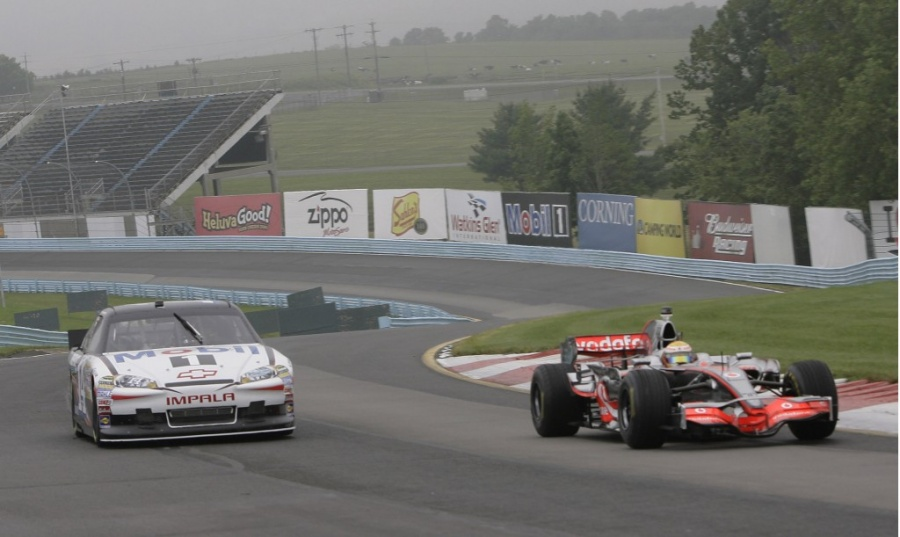 NASCAR vs F1