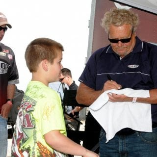 Steve Kinser Announces Retirement ( World of Outlaws )