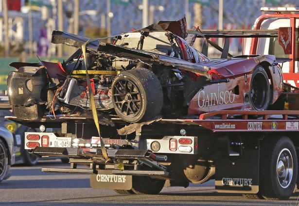 Rolex 24 Crash - Memo Gidley Car ( Endurance )