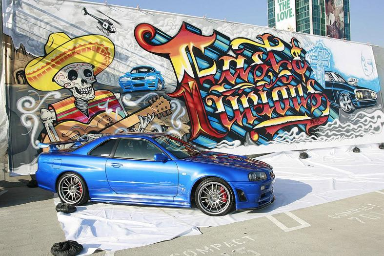 Paul Walker Skyline For Sale Graffiti ( CAR )