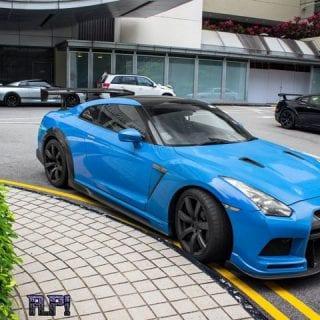 Blue Nissan GT-R Photos