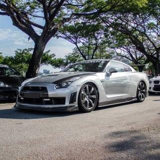 Chrome Nissan GT-R