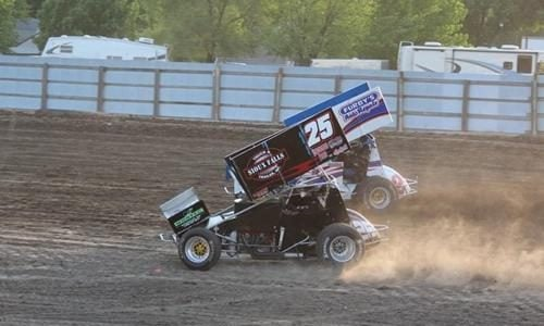 DIRT RACING: Rapid Speedway Closed