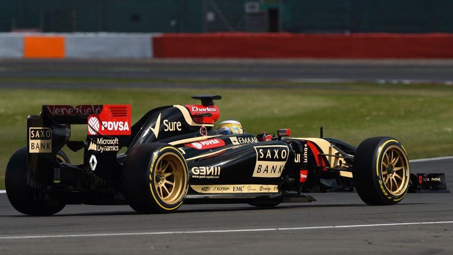 New f1 Wheels - 18 inch Pirelli f1 Tire Testing Photos