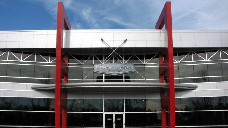 Stewart-Haas Racing Shop ( NASCAR Race Team Alliance )