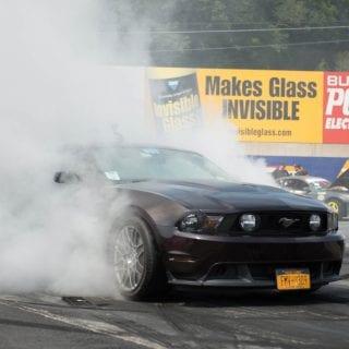 American Muscle Car Show 2014 Burnout