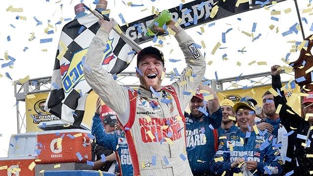 Dale Earnhardt Jr Wins Martinsville Speedway Results 2014