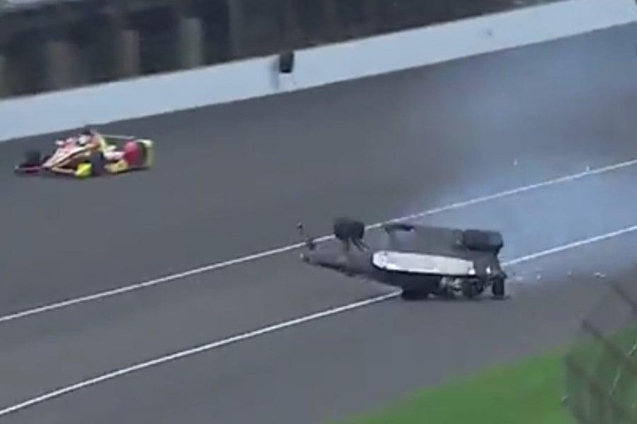 James Hinchcliffe Crash Video 2015 Indycar Practice Crash