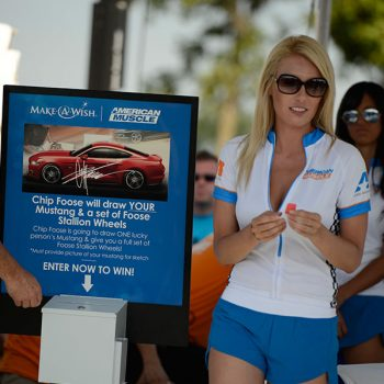 AmericanMuscle Car Show Am2015 Girl Photo