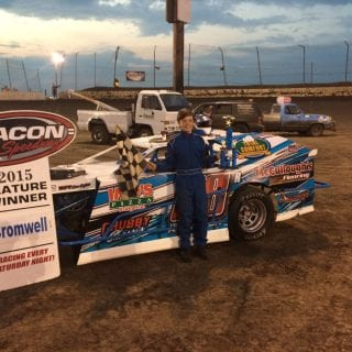 Ryan Hamilton Claims 2015 KidModz Championship Photo