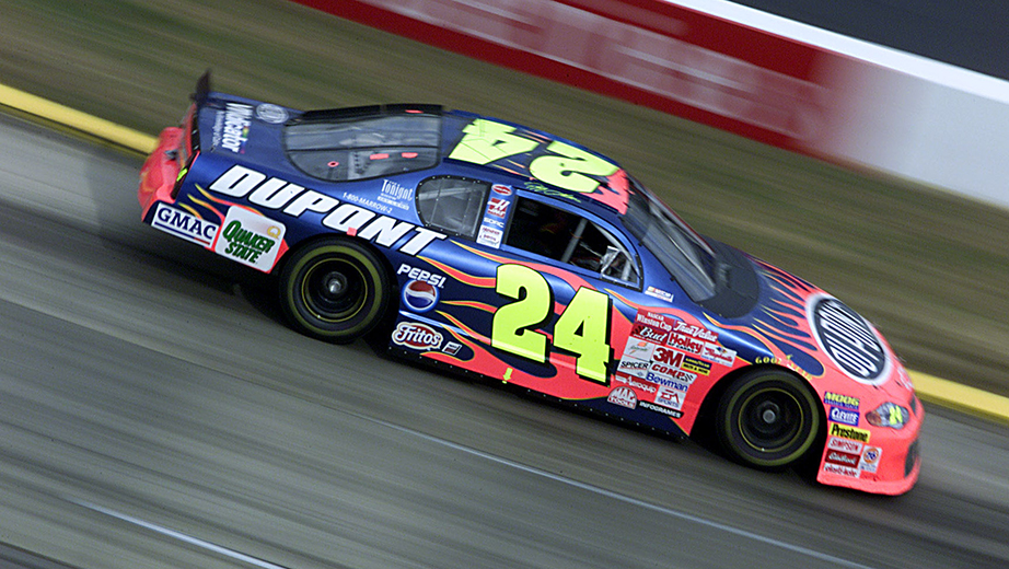 2001 Jeff Gordon Dupont Flames Paint Scheme