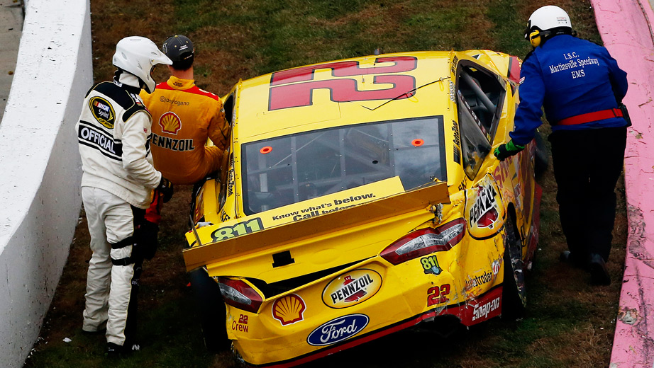 Joey Logano vs Matt Kenseth Wreck At Martinsville Speedway NASCAR race