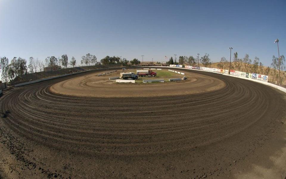 Bakersfield race track - Auction hunters com