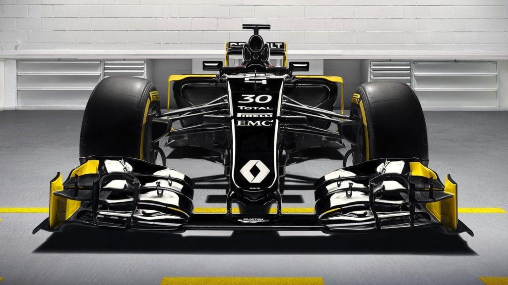 2016 Renault F1 Car Photo