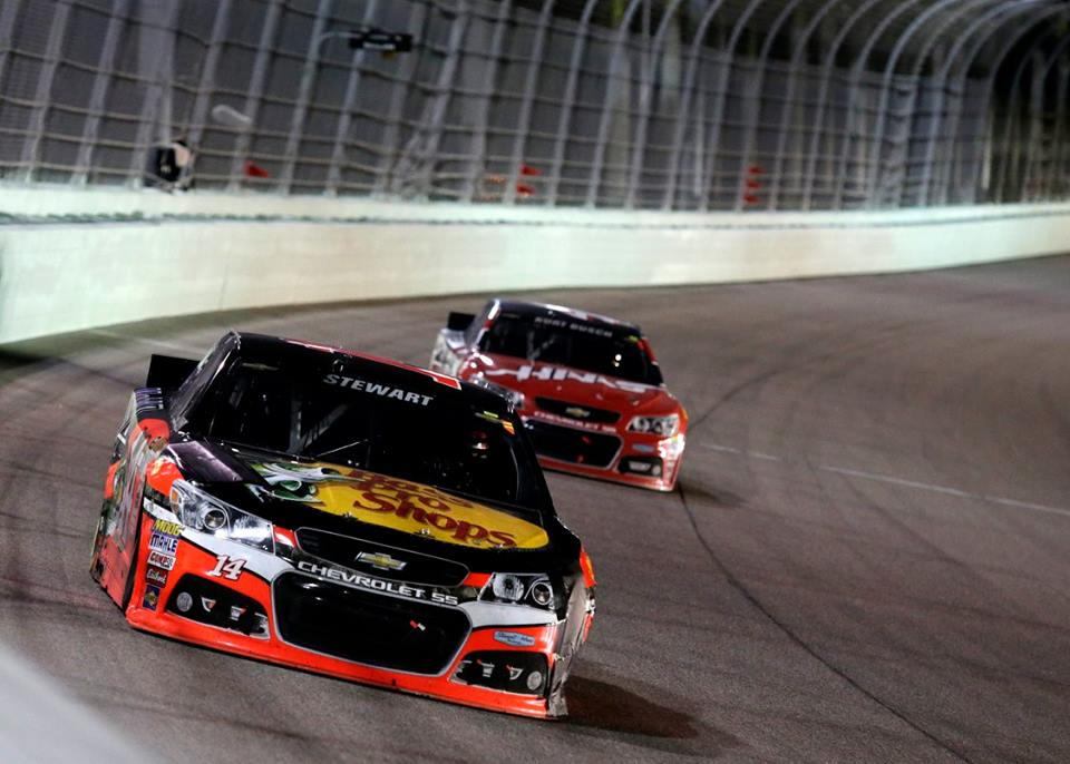 Brian Vickers Named Tony Stewart's Replacement Driver in Cup Series