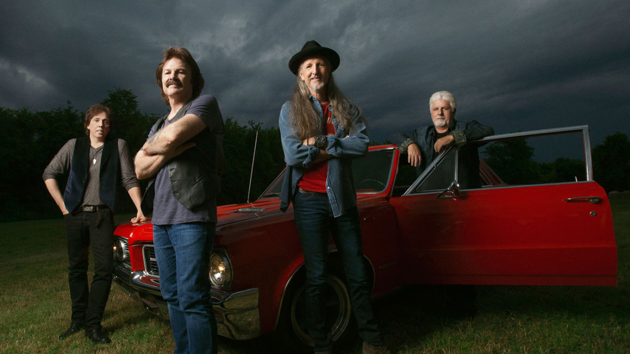 The Doobie Brothers to Sing in 2016 Food City 500 Concert