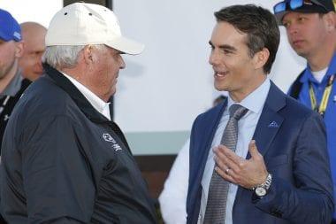 Dale Earnhardt Jr Concussion pulls Jeff Gordon from Retirement