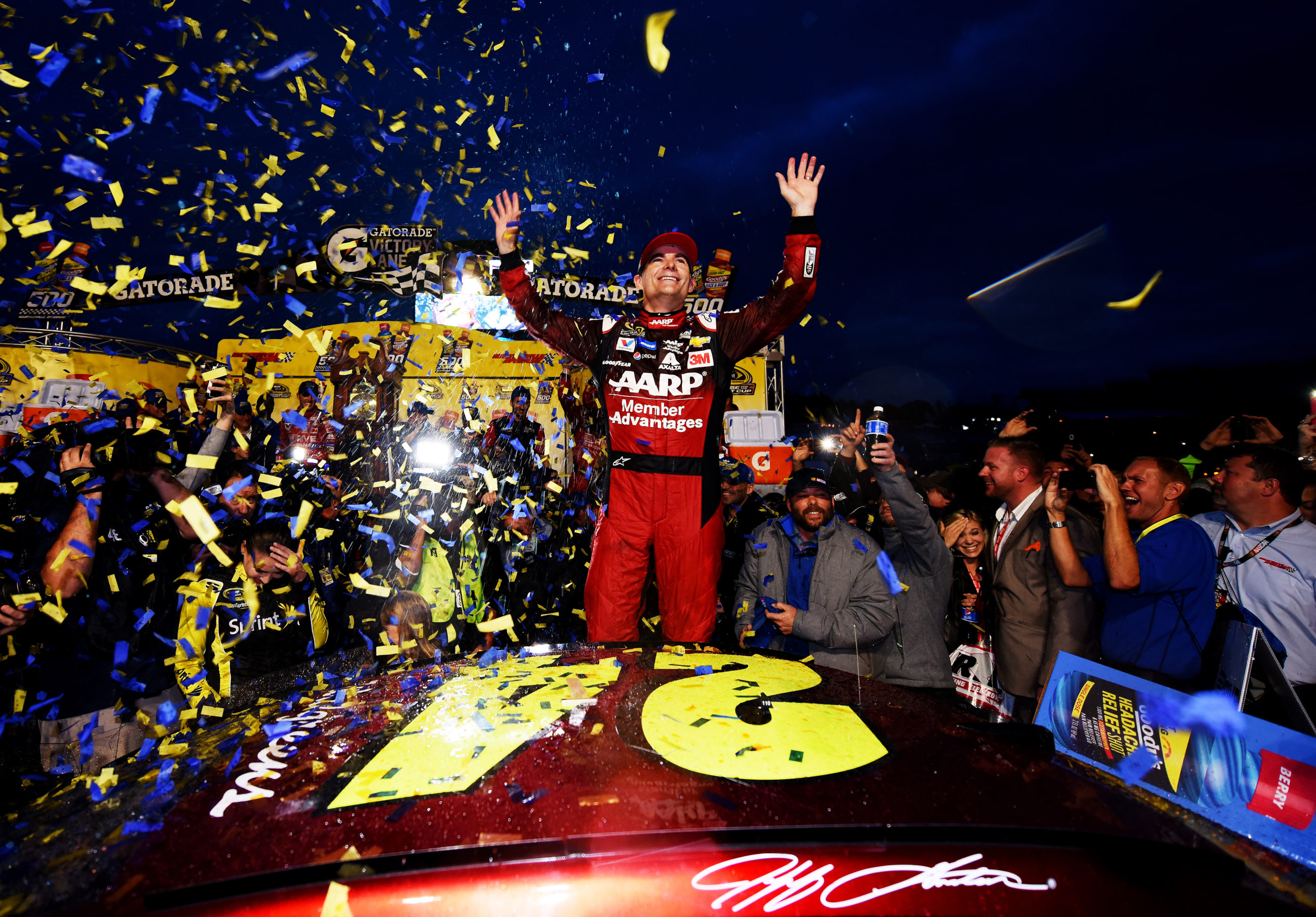Jeff Gordon S Last Race Nascar Career Ends At