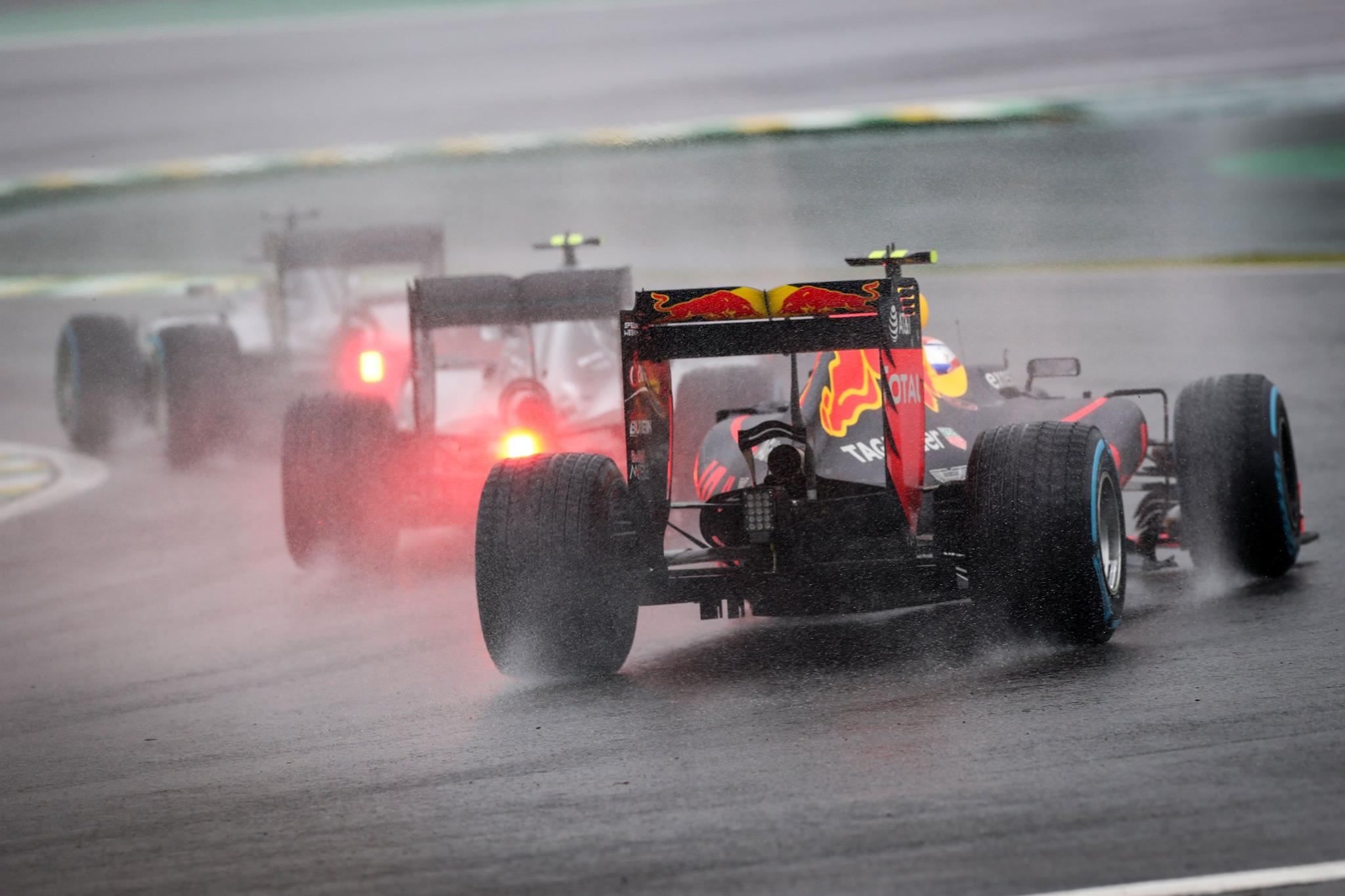 Double Header F1 Races per weekend? Bernie Ecclestone Wants 2 Races
