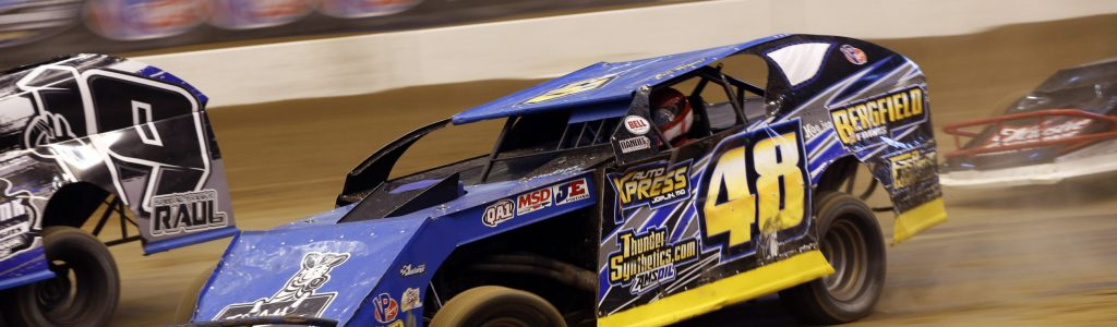 2016 Gateway Dirt Nationals Photos – Friday – Modifieds