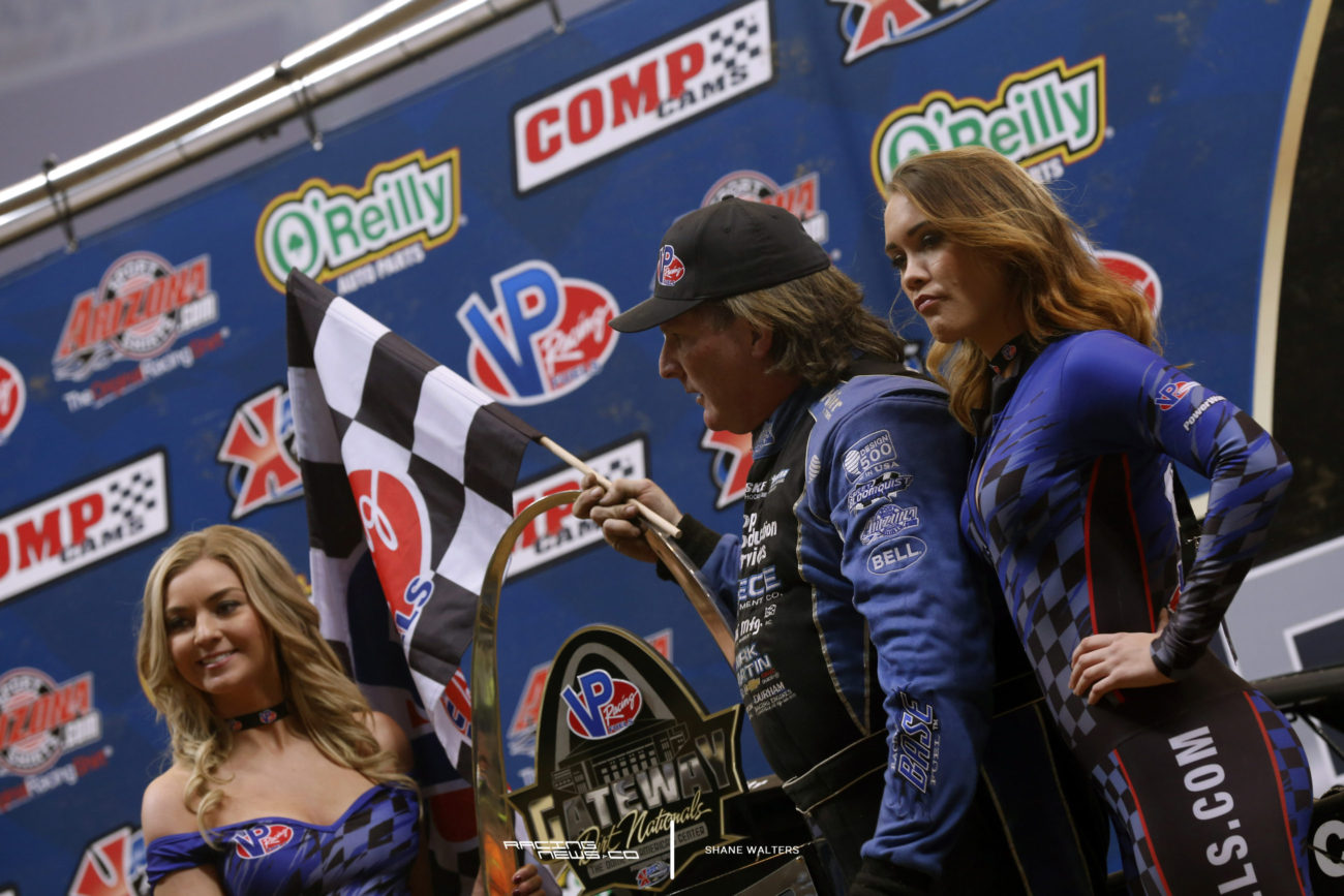 Scott Bloomquist Gateway Dirt Nationals Trophy Girls 9306