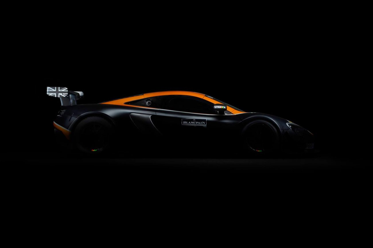 Strakka Racing 2017 McLaren GT Car Photos