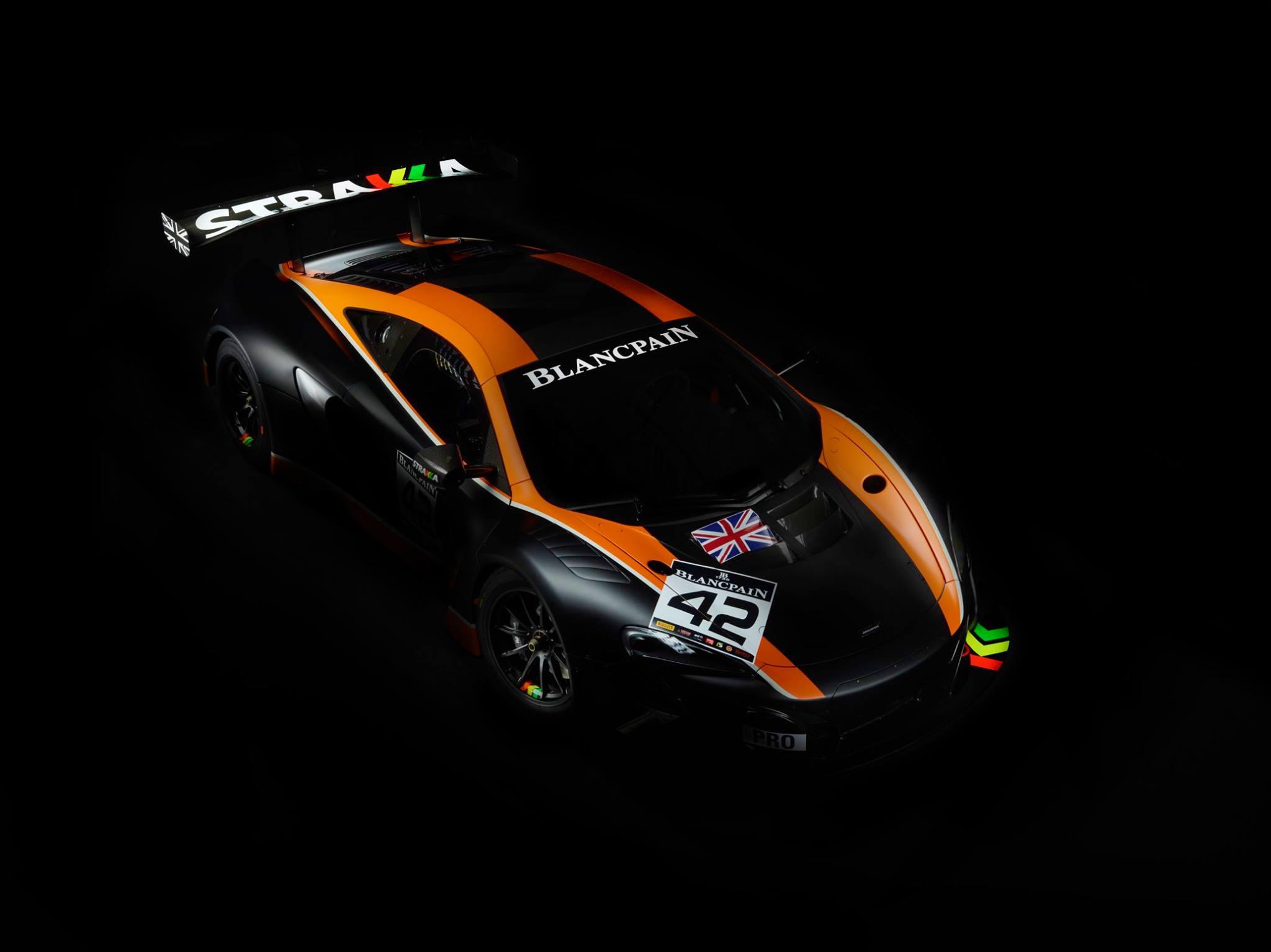 Strakka Racing 2017 McLaren GT Photos