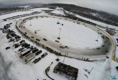Speedway 51 Racetrack Covered in Snow - Car Ice Racing - 2017 Winter Blast 100