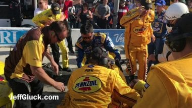 Kyle Busch Joey Logano Pit Crew Fight - Las Vegas Motor Speedway