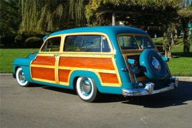 NASCAR Woodie Car Photo