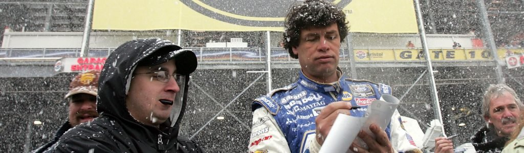 Michael Waltrip blocked Kenny Wallace on twitter