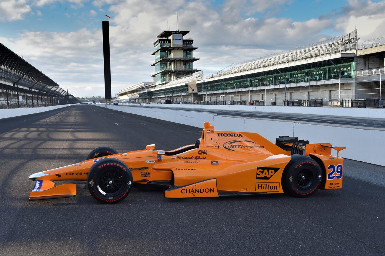 2017 Fernando Alonso Indy 500 Car Photos