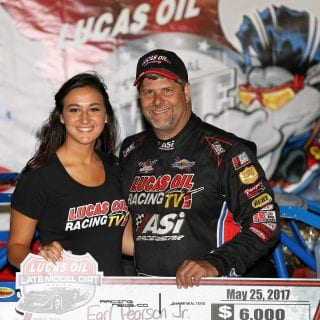 Earl Pearson Jr Lucas Oil Victory Lane Girl 8939