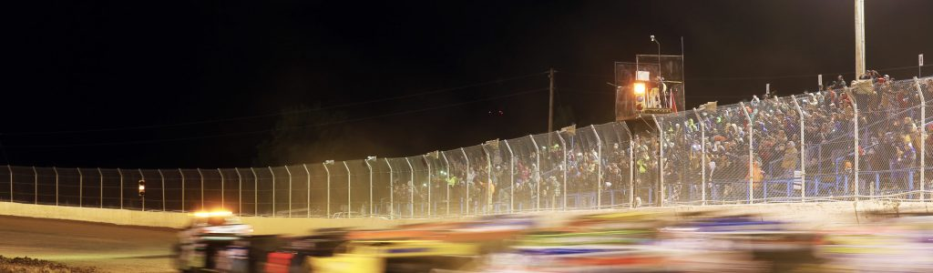 Dirt Track Marketing: Full Capacity Expected on Free Admission Night