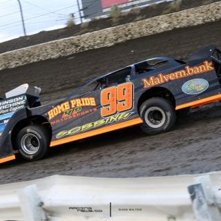 Gobbing Dirt Late Model 7729