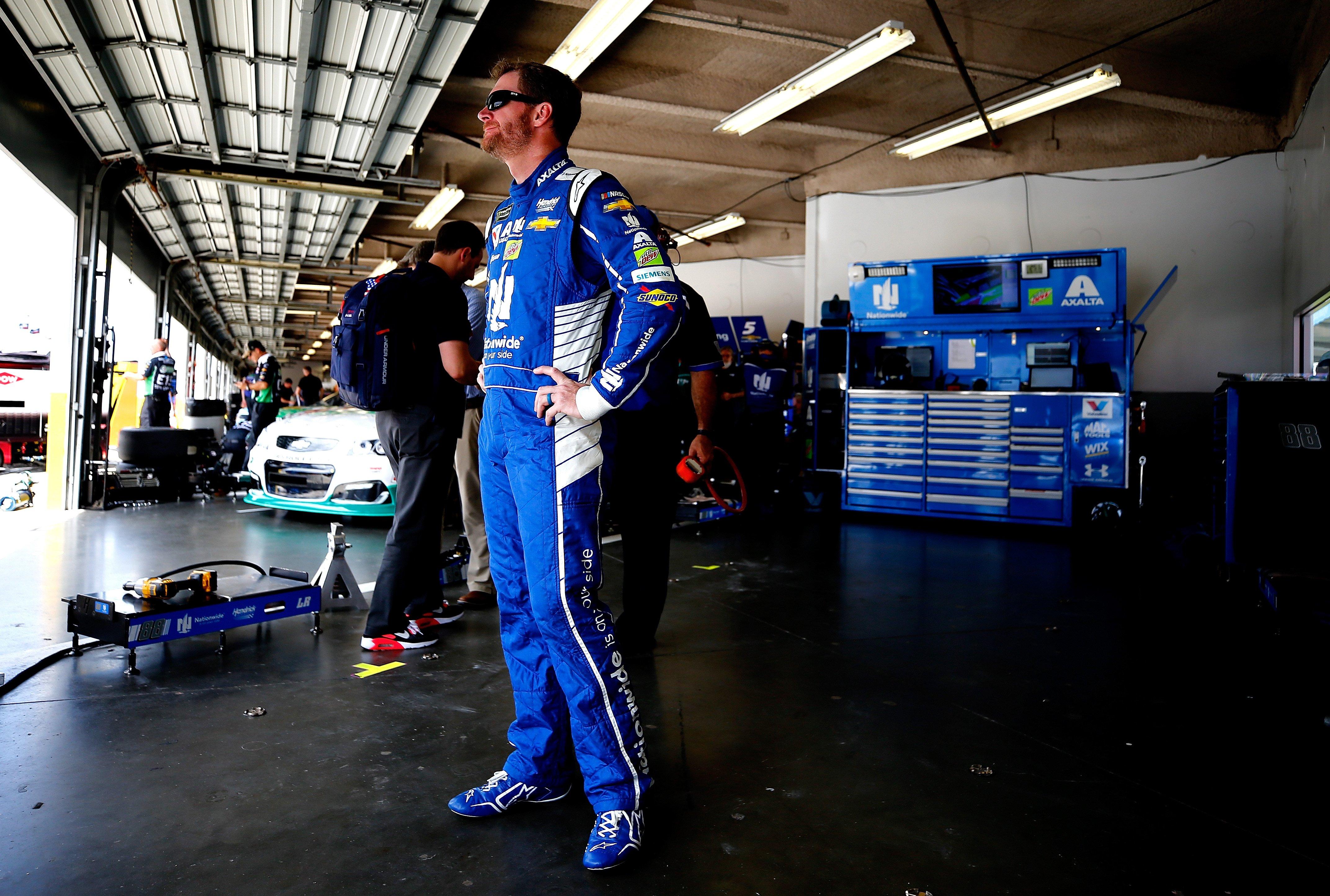 Dale Jr talks visiting the crash site of Dale Earnhardt Sr at Daytona (VIDEO)