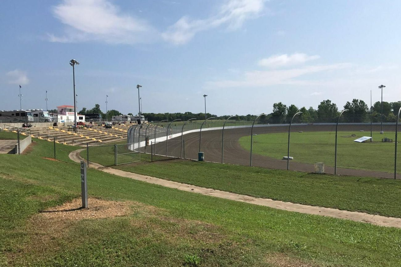 Lucas Oil Late Model Dirt Series Invades Magnolia Motor Speedway Tonight