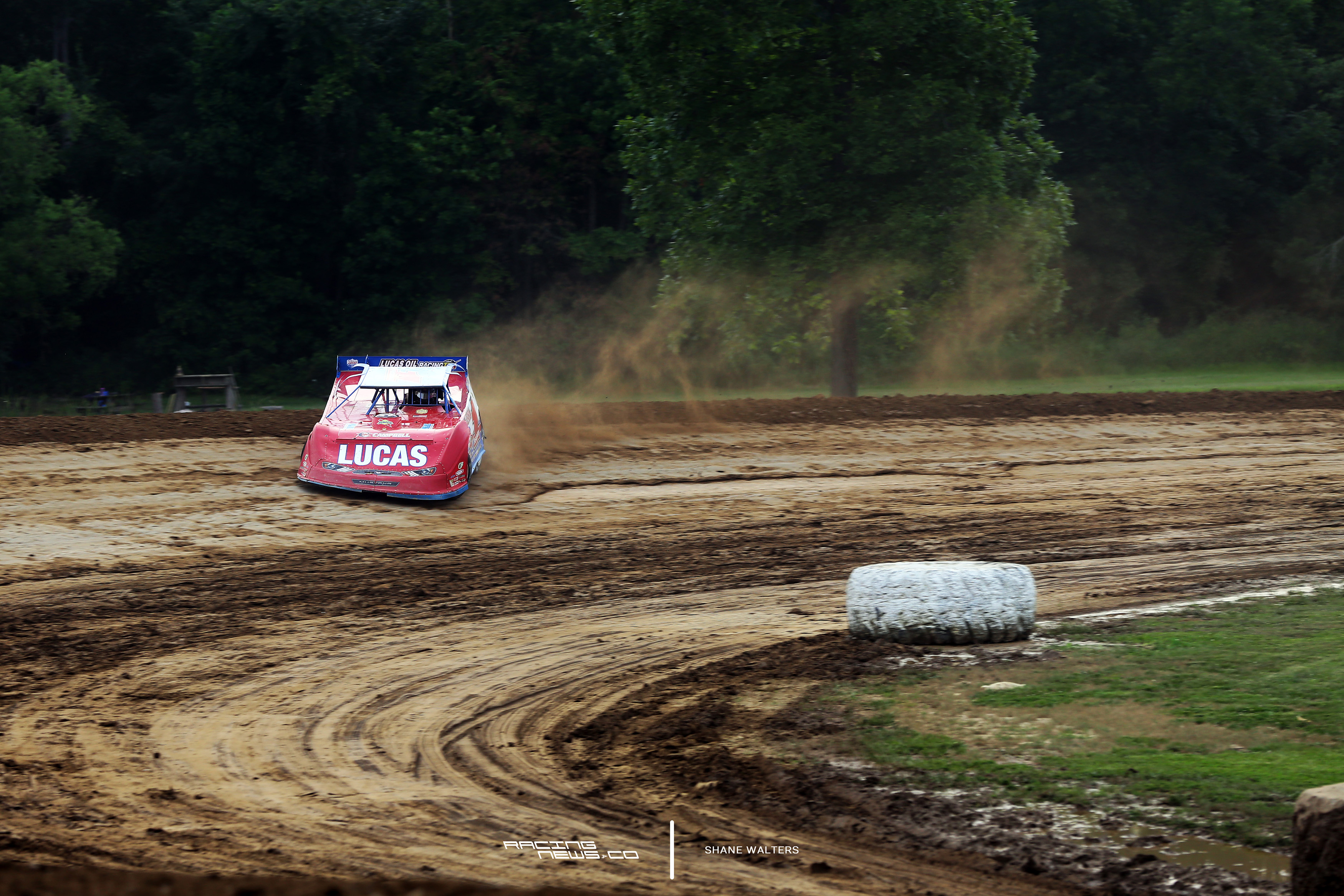 Earl Pearson Jr talks dirt late model tire rules 5277